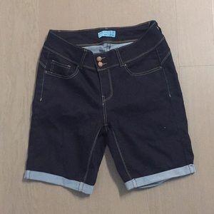 NWOT Jean Bermuda Short